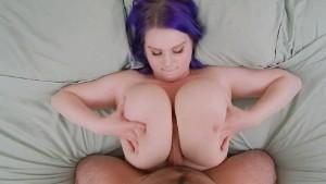 Cassie0pia – Slammin' Titties (Titfuck)